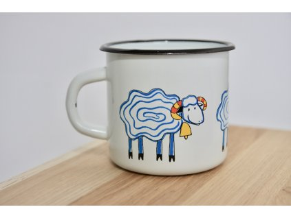 Mug with sheep