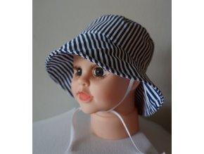 Plátěný klobouček
