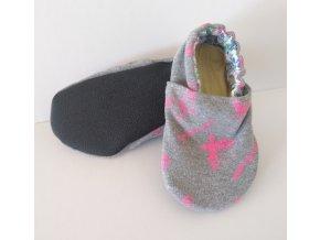 Capáčky bavlněné s protiskluzovou podrážkou šedé s růžovými motýlky