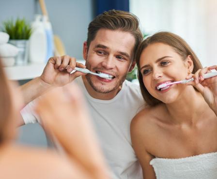 Proč si čistit zuby 2x denně