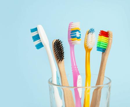 Používáte správný kartáček na zuby? Poradíme Vám, jak si vybrat ten nejlepší