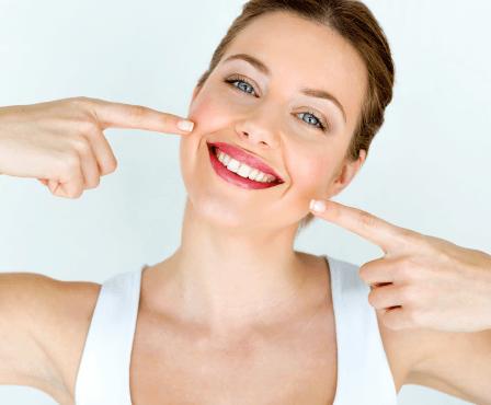 Bělení zubů: Výhody a nevýhody jednotlivých metod