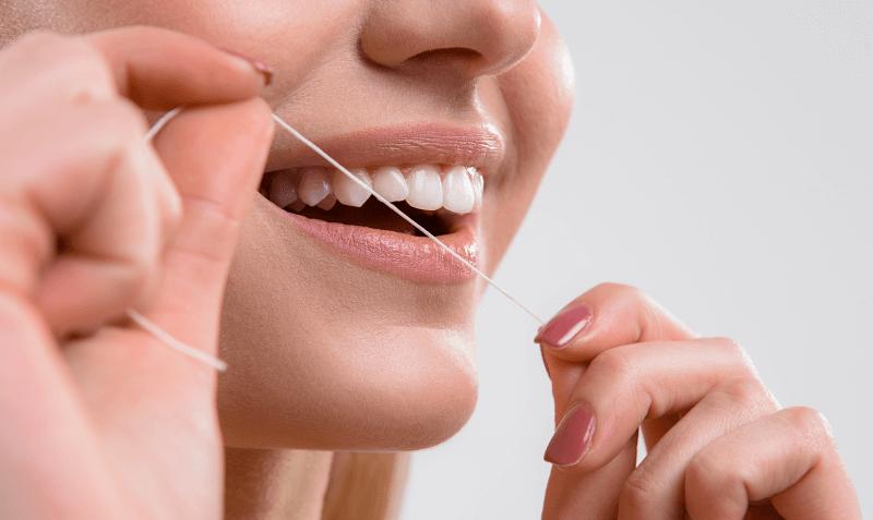 8_zasad_zdrave_zuby_zubni_hygiena