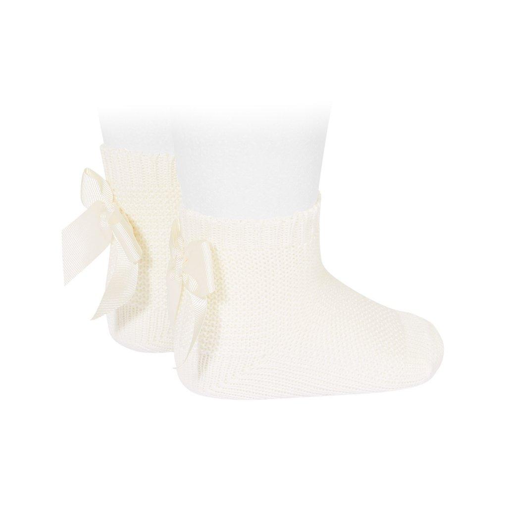 garter stitch short socks with bow cream