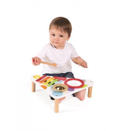 J07634 Dreveny hudobny stolik Confetti Janod xylofon bubon cinely Janod od 1 roka 3