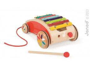 J05380 Detsky dreveny vozik s xylofonom Red Tatoo Janod na tahanie od 1 roka a