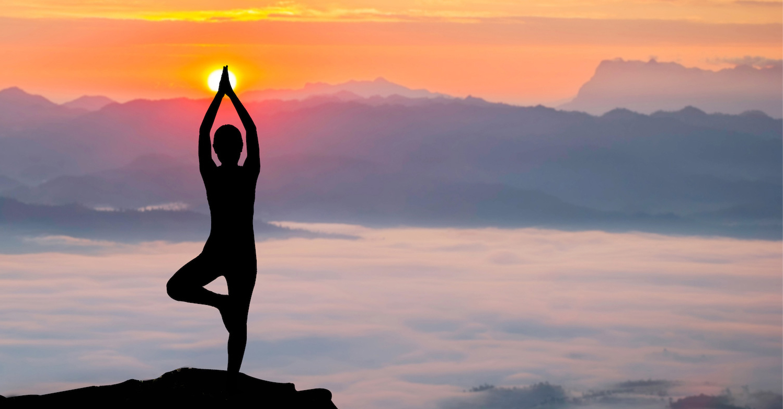 yoga-at-sunrise-banner