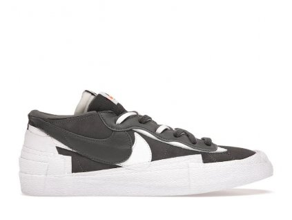 Nike Blazer Low sacai Iron Grey