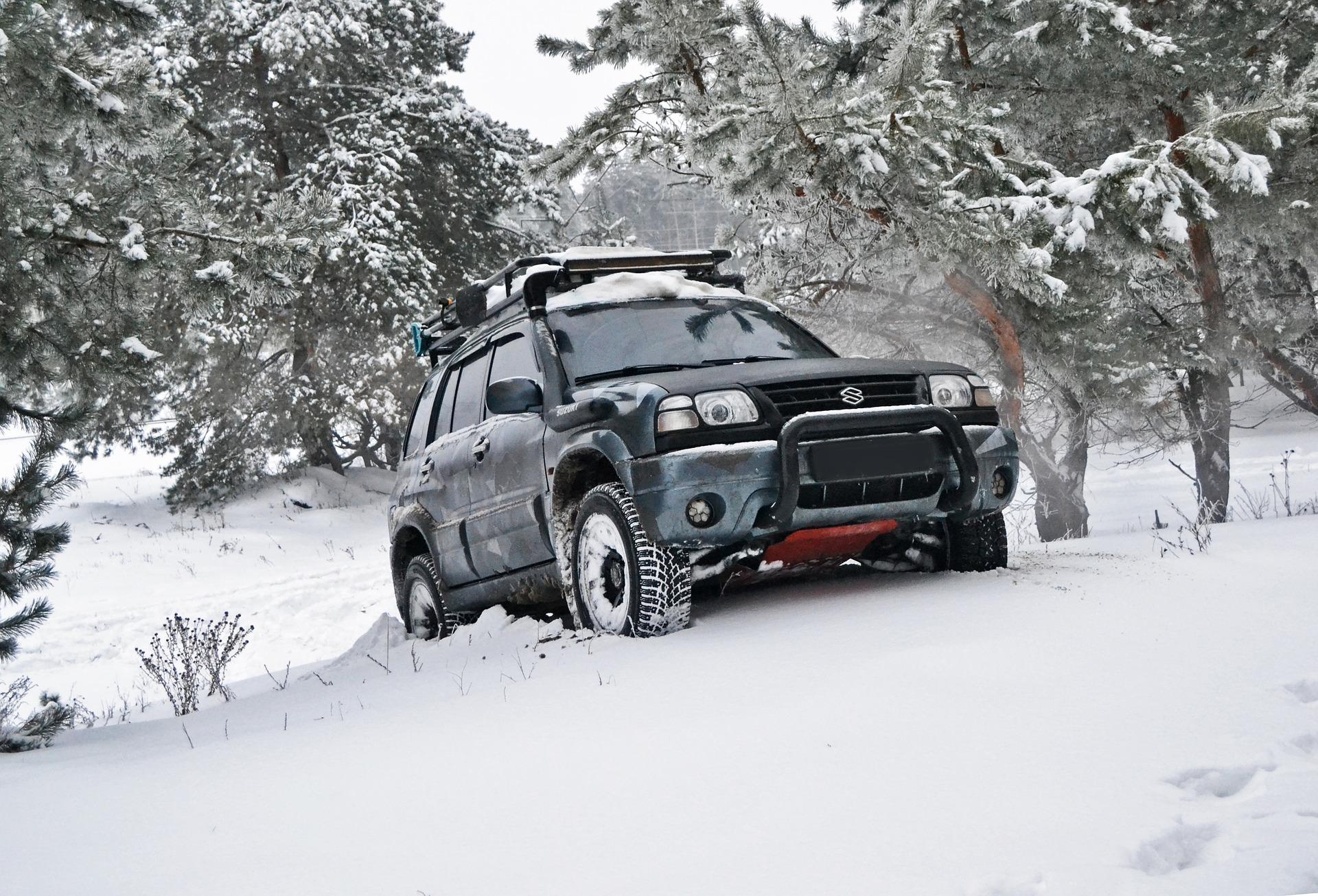 Privátní kurzy řízení na sněhu a ledu