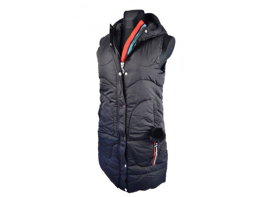 Péřová vesta s kapucí