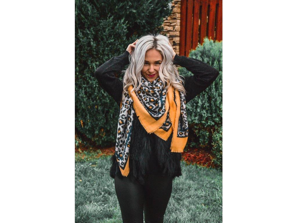 šátek LEO