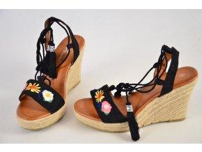 Luxusní šněrovací sandále na klínku
