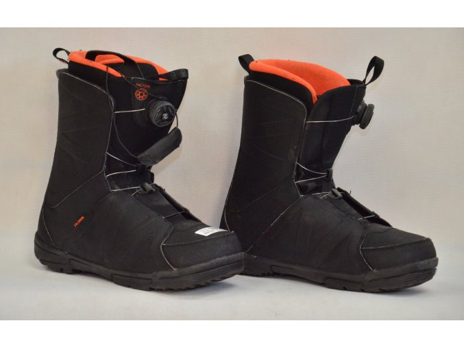 8069 boty na snowboard salomon velikost 11