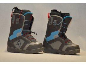 7070 boty na snowboard robla velikost 7