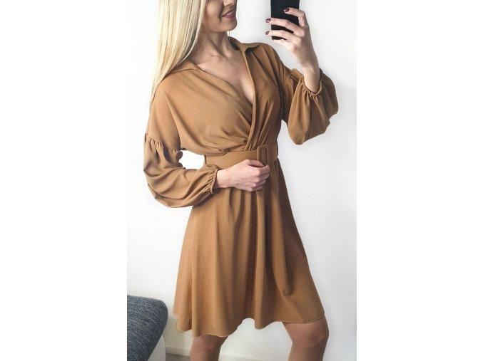 Hnedé elegantné šaty s opaskom