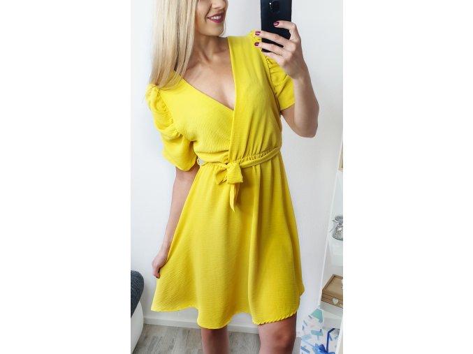 Žlté letné elegantné šaty s rukávmi