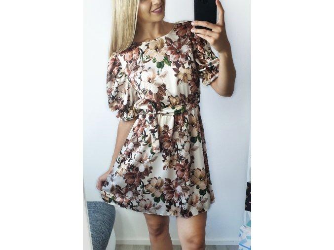 Elegantné krémové kvetinkové šaty s rukávmi