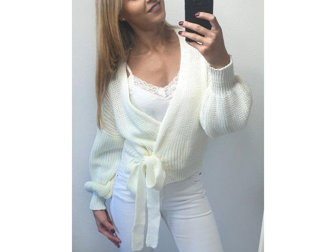 damsky biely elegantny sveter na uvazovanie sofyi sofyisk
