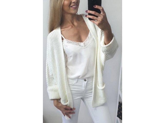 damsky teply biely bezovy sveter s vreckami sofyi sofyisk