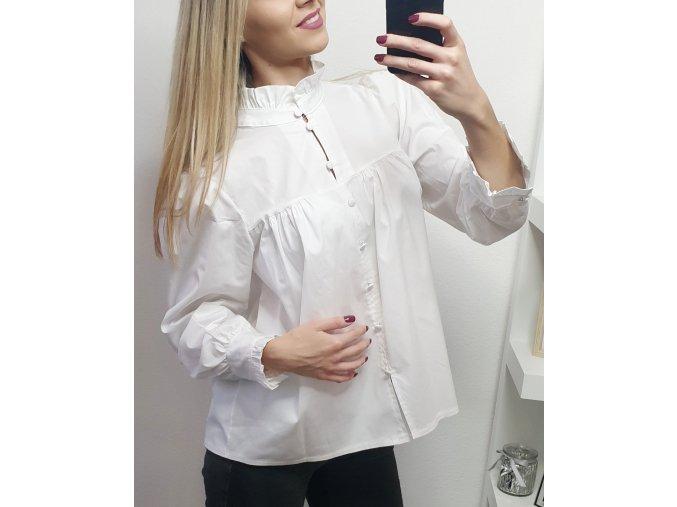 Biela elegantná košeľa s rukávmi