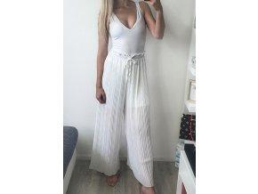 Biele voľné dlhé nohavice