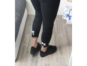 Čierne kamienkové dámske nohavice s mašličkami