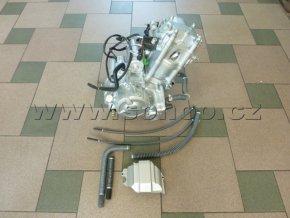 Motor na pitbike, dirtbike 250ccm - vodou chlazený