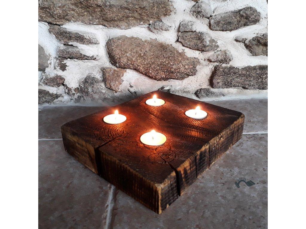 Adventní dřevěný svícen trám plochý