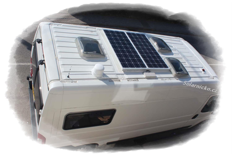 Solární panel na dodávce