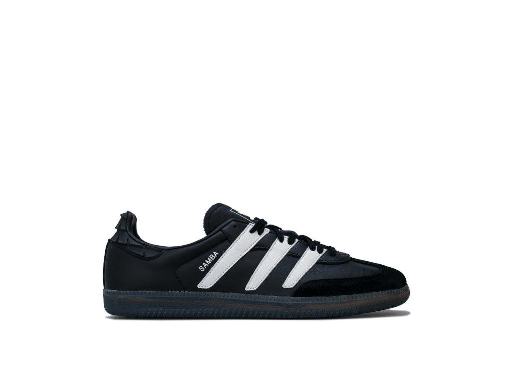 ee6520 black white