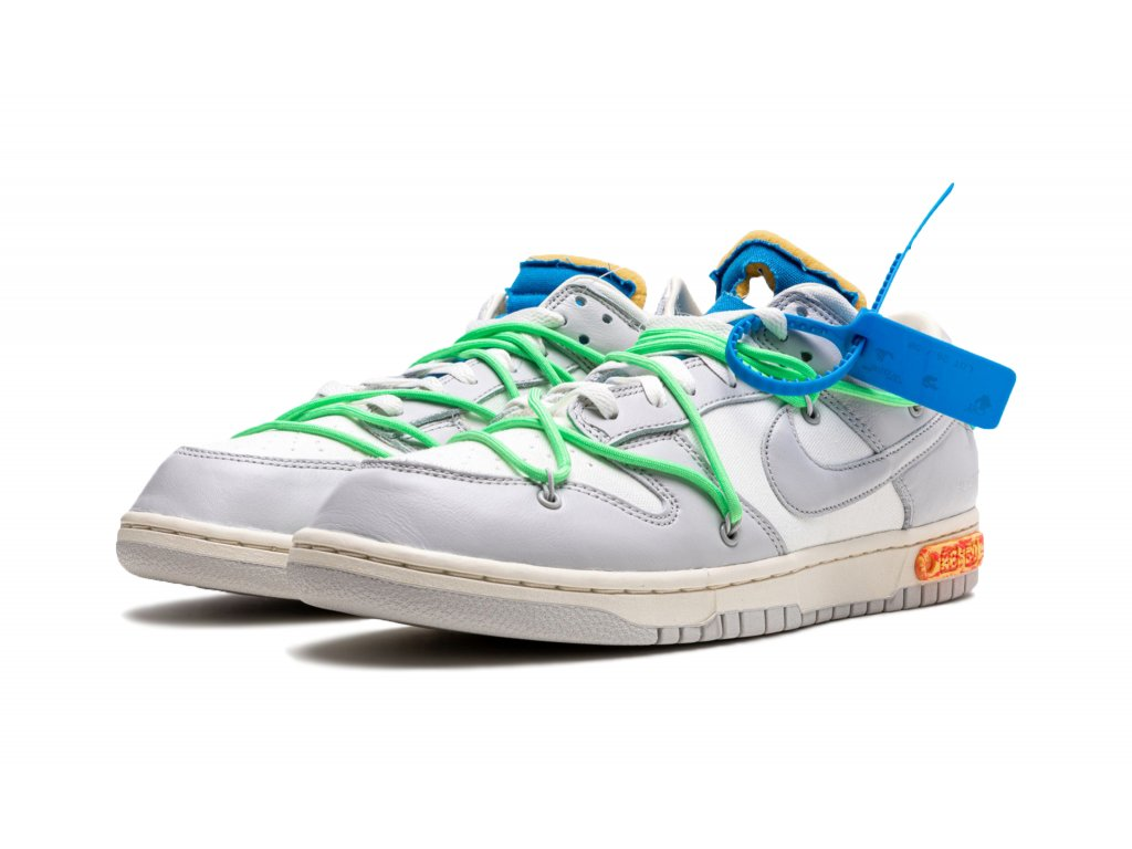 """Nike Dunk Low x Off White """"Lot 26 of 50"""""""