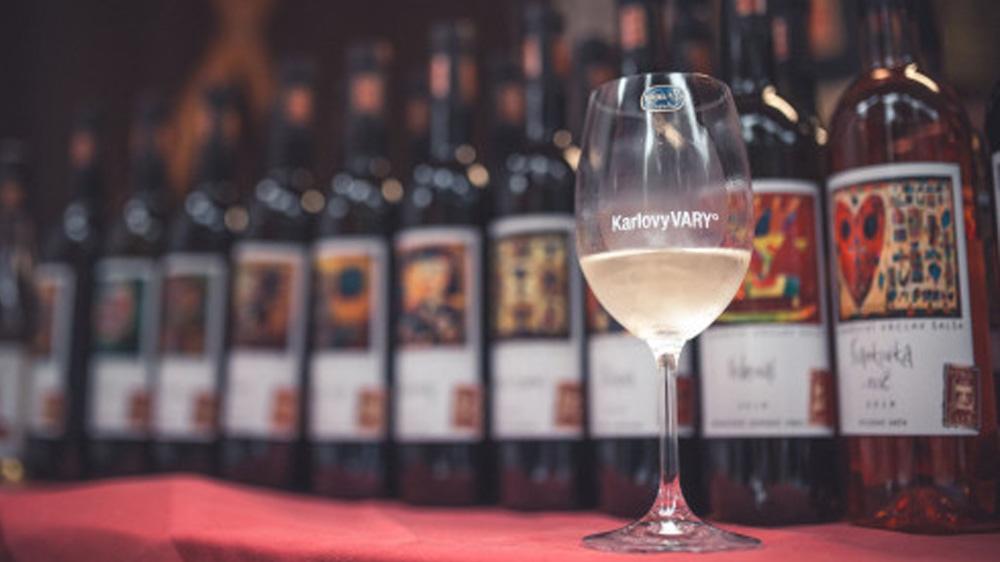Účastníme se Karlovarského festivalu vína