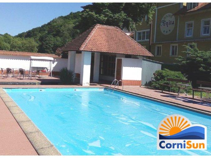 Solární plachta Cornisun na bazén obdelník