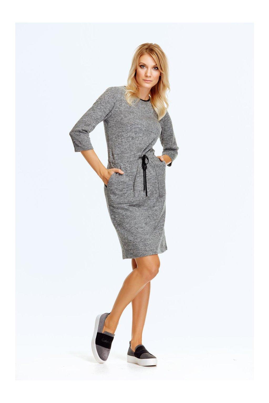 Dámské svetrové šaty se šňůrkou