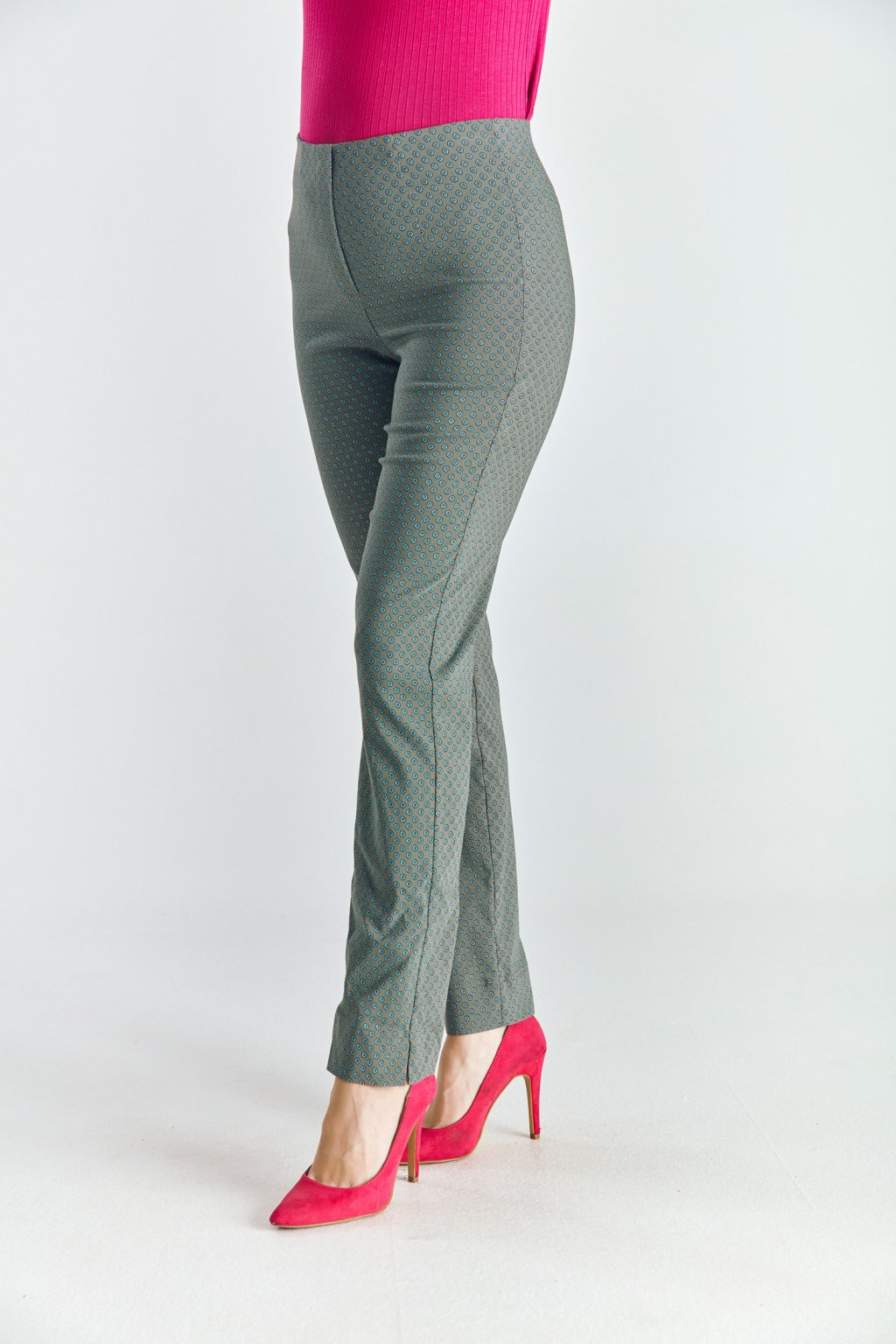 Dámské  kalhoty do gumy kytičky khaki