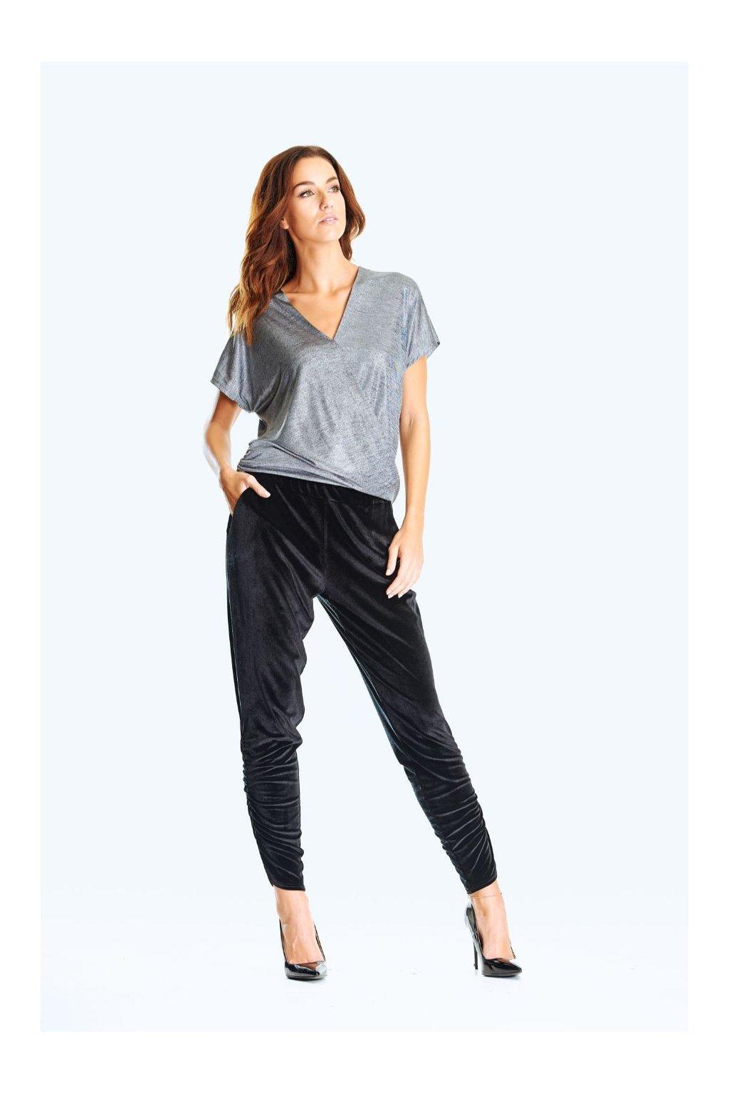 Dámské společenské kalhoty s řasením