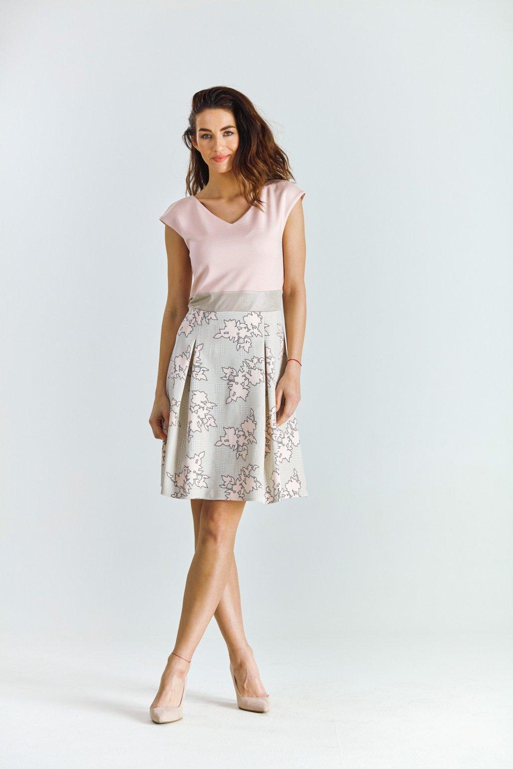 Dámské šaty se skládanou sukní ornament