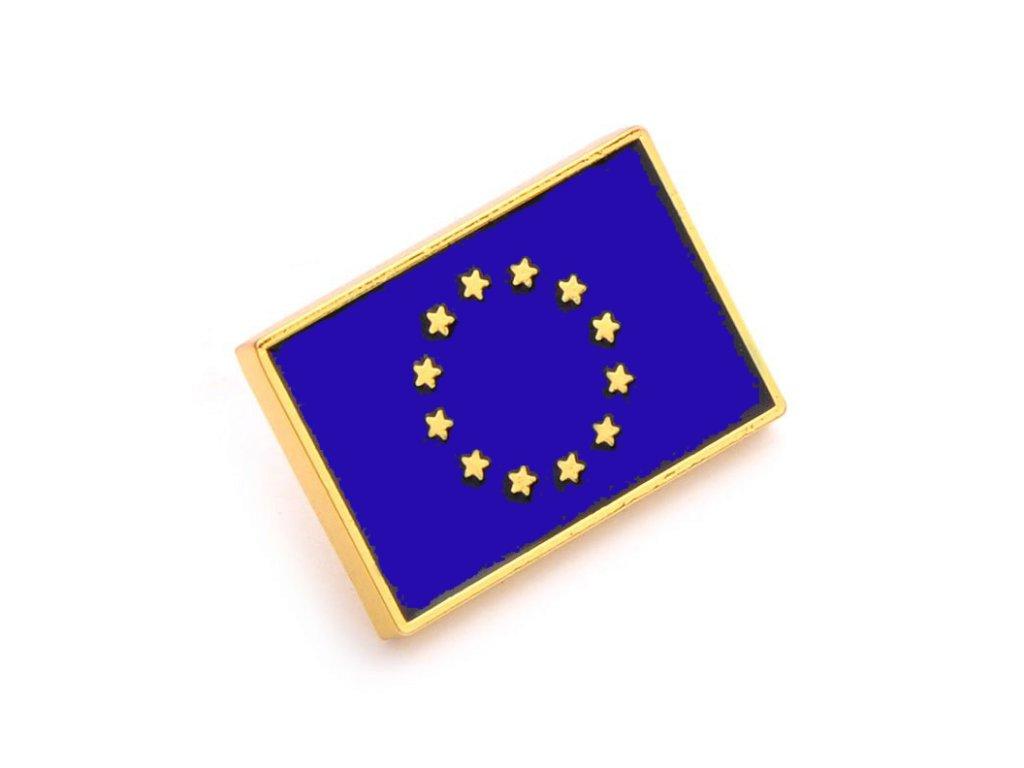 Odznak EU – vlajka Evropské unie. Symbol EU tvoří 12 zlatých hvězd v kruhu na modrém pozadí.pins eu