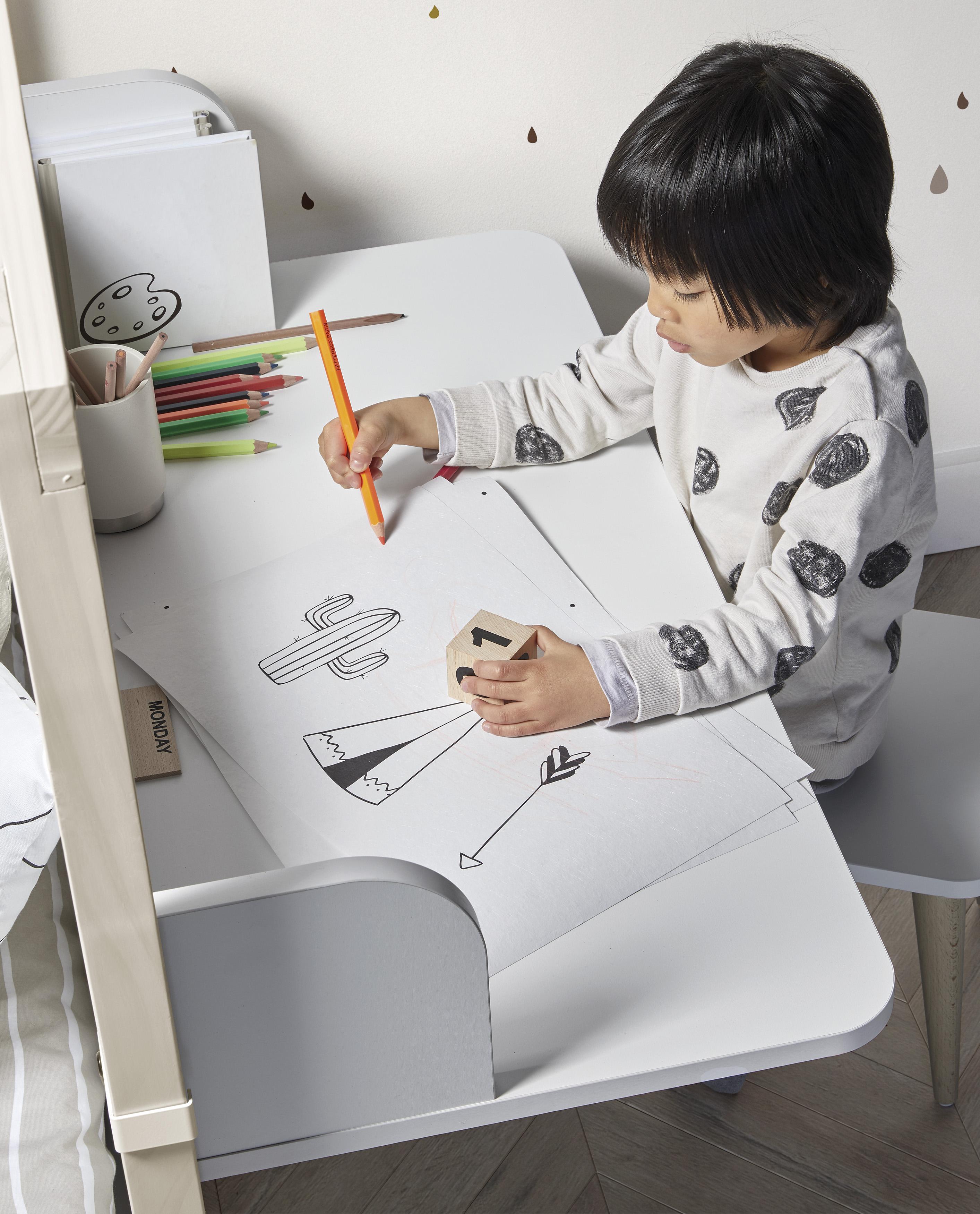 Montessori  nábytek pro samostatné děti