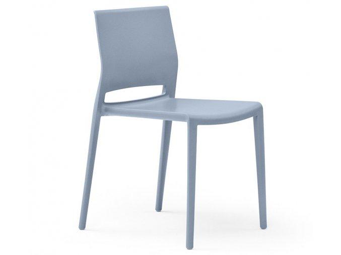 židle Giant (1)