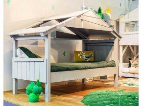 stromový dům postel