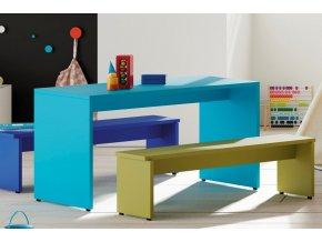 dětský stůl a lavice