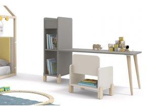 Montessori stolek s knohovnou