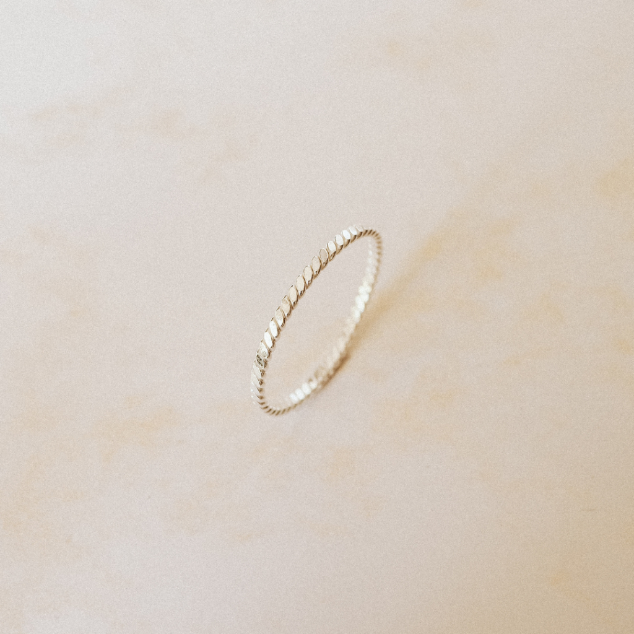 Kroucený prstýnek