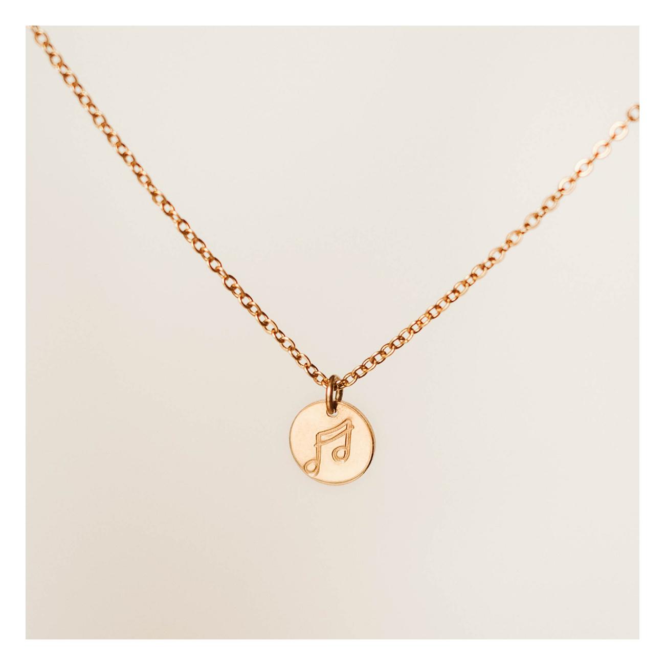 Dětský náhrdelník s ražbou symbolů