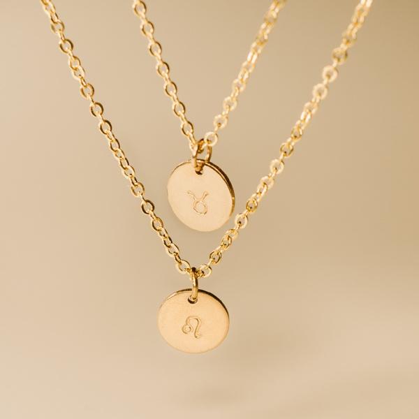 Dvojitý náhrdelník s ražbou znamení zvěrokruhu