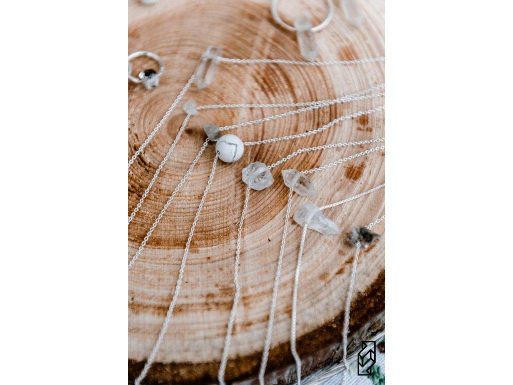 Minimalistické náhrdelníky dyzajn market