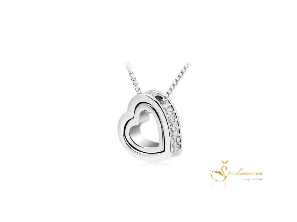 Elegantní stříbrný náhrdelník s přívěškem ve tvaru dvou srdíček2
