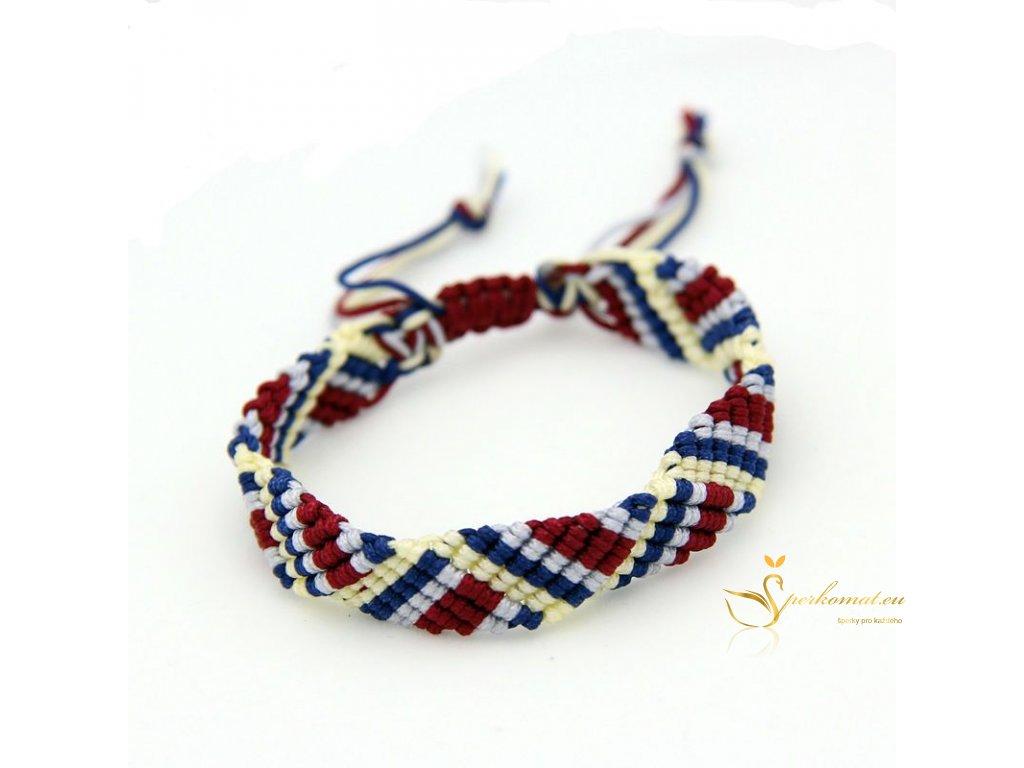 Ručně pletený náramek v barvách trikolor