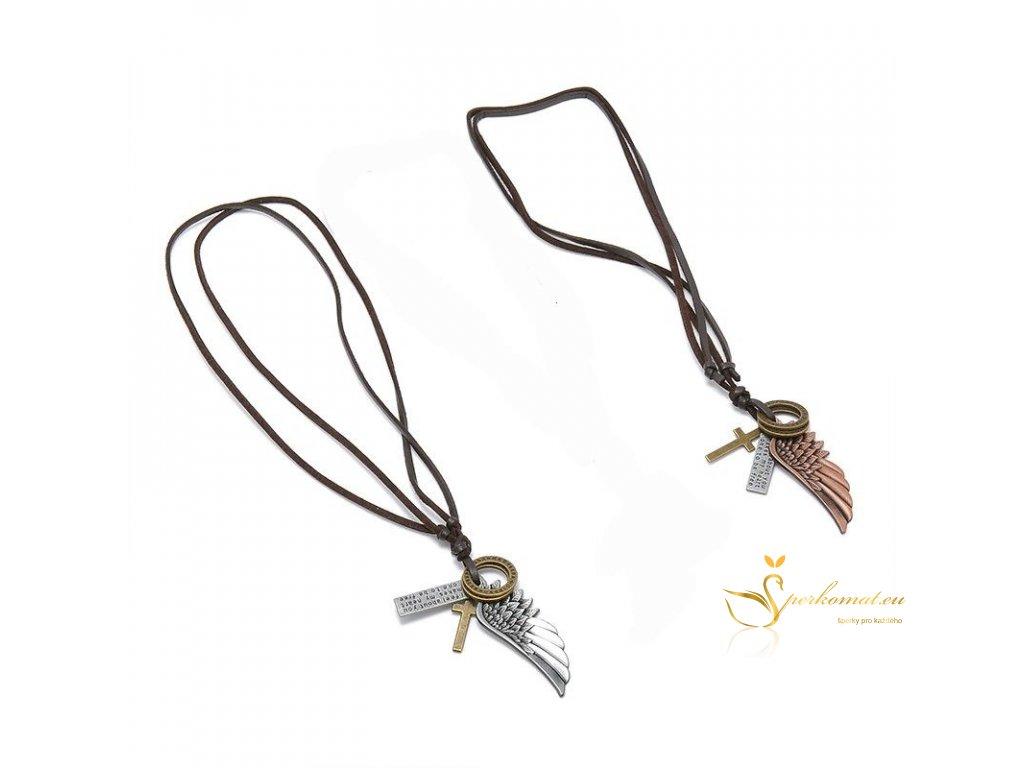 Náhrdelník z pravé kůže s přívěškem kříže a andělských křídel